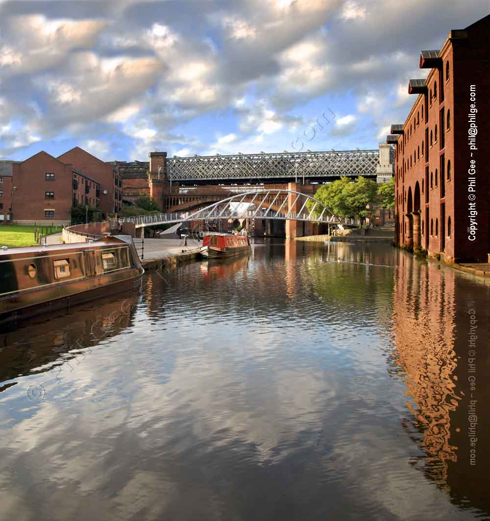 Castlefield Canal Basin © Phil Gee