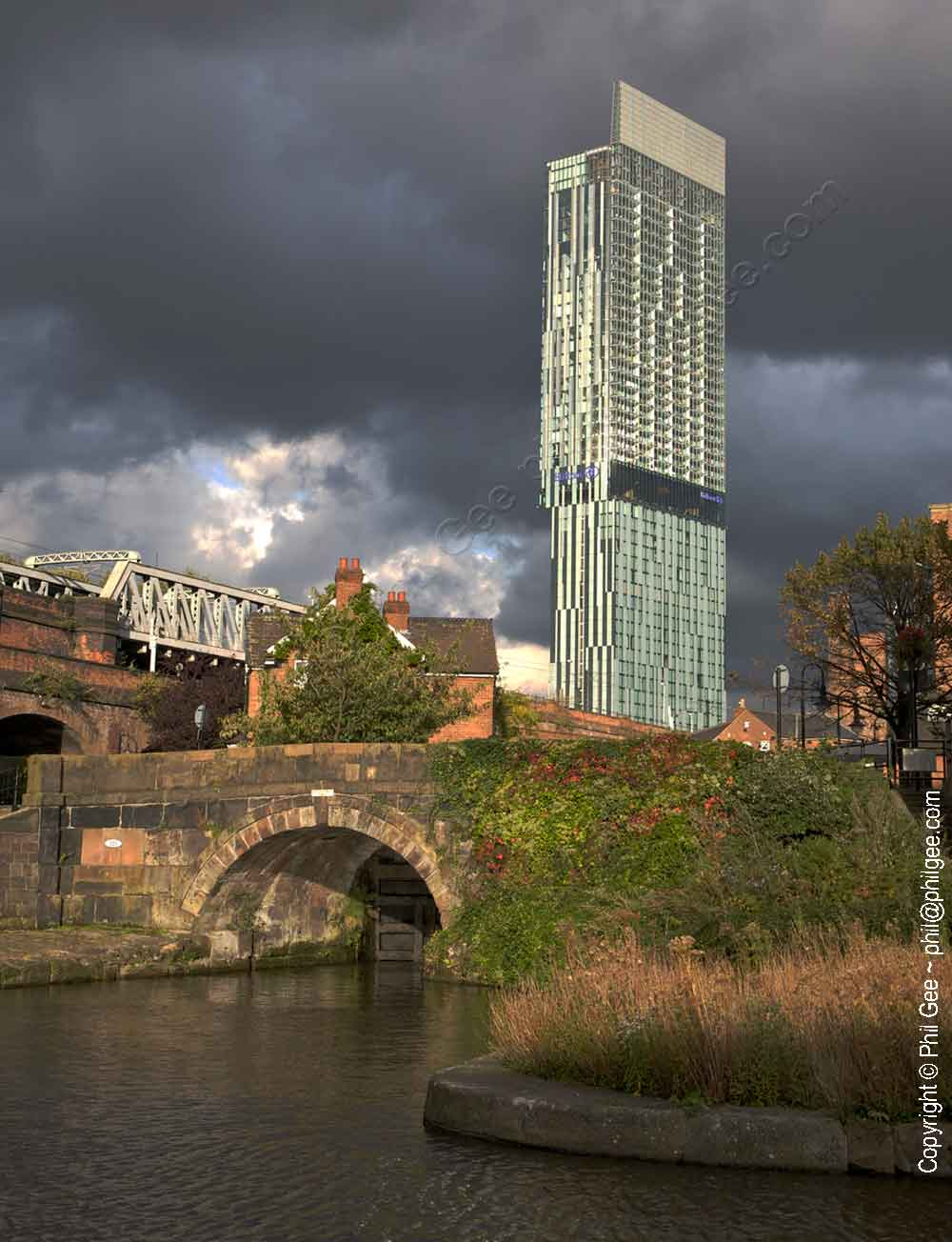 The Beetham Tower© Phil Gee